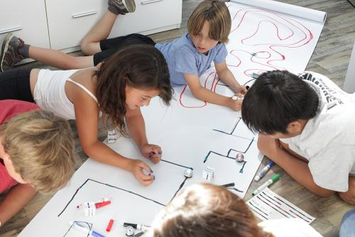 Digital storytelling Workshop – Ozobots Story Creators